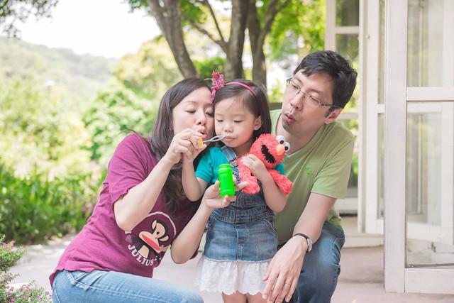 親子寫真,親子攝影,香港親子攝影,台灣親子攝影,兒童攝影,兒童親子寫真,全家福攝影,陽明山親子,陽明山,陽明山攝影,家庭記錄,19號咖啡館,婚攝紅帽子,familyportraits,紅帽子工作室,Redcap-Studio-33