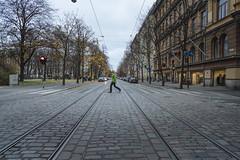 7 November, 12.57 (Ti.mo) Tags: street november finland crossing fi 25mm vanhakirkkopuisto 2015 f32 iso250 0ev ••• ¹⁄₁₂₅secatf32 e25mmf2