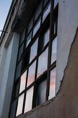 Vetri rotti (FPH Photography) Tags: windows glass finestra rosso specchio vetro zisa cantieri