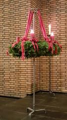 Large hanging Advent wreath (grinnin1110) Tags: germany de deutschland europe advent adventwreath indoors mainz rheinlandpfalz rhinelandpalatinate mnsterstrase altmnsterkirche altmnsterchurch