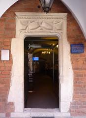 Krakov, univerzita (11) (ladabar) Tags: doorway portal kraków cracow cracovia krakau krakov dveře portál