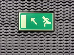 Up (sander_sloots) Tags: vluchtweg exit emergency nijverdal station sign