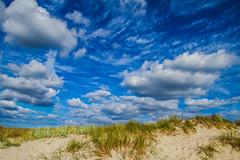(c) Wolfgang Pfleger-0619 (wolfgangp_vienna) Tags: schweden sweden sverige schonen southsweden kseberga beach strand ystad sandhammaren blue sky blau himmel felder