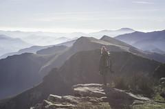 Randonnée aux Crêtes d'Iparla - Pyrénées (64) (Philippe Bncvng) Tags: pyrénées montagnes randonnées 64 pentax mountains hiking pic peak iparla bidarray sea summit sommet nature winter