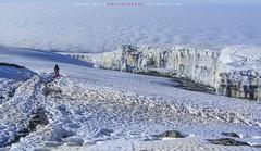 """Los glaciares del Kilimanjaro desaparecerán en menos de 20 años // Kilimanjaro glaciers will disappear in less than 20 years (ANDROS images) Tags: andros images photos fotos fotoandros """"androsphoto"""" """"fotoandros"""" lugares places """"sitiosespeciales"""" """"franciscodomínguez"""" interesante naturaleza """"naturalezaviva"""" """"amoralanaturaleza"""" """"imágenesdenuestromundo"""" """"sólotenemosunatierra"""" """"planetatierra"""" """"amarlatierra"""" """"cuidemoslatierra"""" luz color tonos """"portierrasespañolas"""" """"nuestro """"unahermosatierra"""" """"reflejosdeluz"""" pasión viviendo """"pasiónporlafotografía"""" miradas fotografías """"atravésdelobjetivo"""" """"elmundoenimágenes"""" pictures androsphoto photoandrosplaces placesspecialsites interesting differentnaturelivingnature loveofnature imagesofourworld weonlyhaveoneearthplanetearth foracleanworldlovetheearth carefortheearth light colortones onspanishterritoryourworld abeautifulearth lightreflection """"living passionforphotographylooks photographs throughthelens theworldinpicturesnikon """"nikon7000"""" grupodemontañairis androsimages franciscodomínguezrodriguez africa kilimanjaro kibo glaciar glaciardelkilimajaro"""