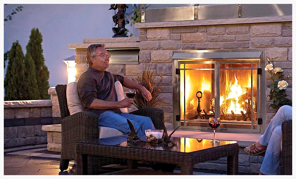 Napoleon GSS42 outdoor fireplace