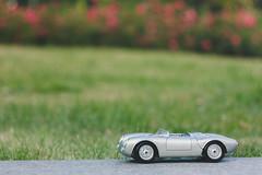 1/18 Porsche 550 Spyder (amakles) Tags: scale canon model poland spyder german porsche 50s 58mm helios 118 550 diecast maisto 44m4