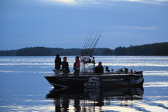 Midnight sun fishing (Rock and Lake) Tags: fishingboat kyyvesi mikkeli pikefishing rockandlake fishinginfinland fishinginlakeland fishingguidefinland midnightsunfishing fishingtripinfinland