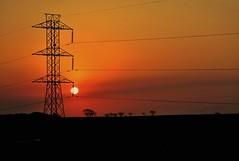 Torre... (pmenge) Tags: sol contraluz torre árvores pds g7x
