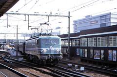 Once upon a time - The Netherlands - Utrecht CS (railasia) Tags: holland utrecht ns cs eighties sncf provinceutrecht specialrun elocotrain