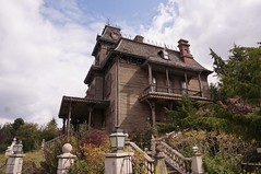 Phantom Manor (katsuhiro7110) Tags: ledefrance phantom manor  disneylandparis chessy disneylandpark parcdisneyland waltdisneystudiospark