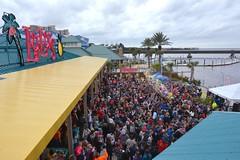LuLu's Noon Year's Eve Beach Ball Drop 2016-6