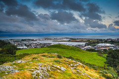 Pwllheli (gopper) Tags: pwllheli wales welsh cymru cymraeg peninsula coast hill fflickr flickr northwales snowdonia gwynedd nikon d5200 gimblet rock harbour sea seaside scenery coastline cloud weather ngc llyn lleyn capital scenic cloudy