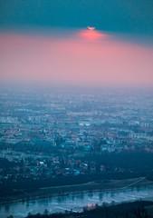 Leopoldsberg, Sunrise; Vienna- Austria (alexanderferdinand) Tags: wien vienna leopoldsberg canoneos5dmarkiv ef100400mmf4556lisiiusm foggy nebelig gitzo tripod stativ
