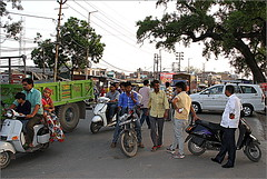 {Agra street life}FCC161