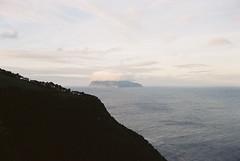 O Corvo das Flores (nun-ki) Tags: portugal açores ilhadocorvo mar núvens