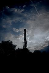 Eiffel Silhouette (Paul Copp) Tags: silhouette eiffeltower