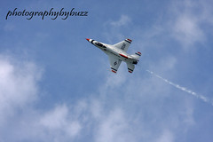 2015 Cleveland Air Show (rikki500) Tags: ohio colorado airplanes f16 planes coloradosprings thunderbirds airshows canonrebelxti photographybybuzz 2015clevelandairshow airplanes2015