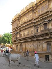 "Jaisalmer: à la recherche des havelis <a style=""margin-left:10px; font-size:0.8em;"" href=""http://www.flickr.com/photos/127723101@N04/22402015291/"" target=""_blank"">@flickr</a>"