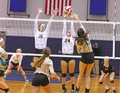 IMG_8128 (SJH Foto) Tags: girls volleyball high school york delone catholic team teen teenager net battle spike block action shot jump midair favourite