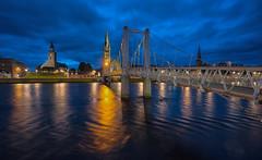Greig Street Bridge #2 (bervaz) Tags: inverness reinounido reflejos agua arquitectura a7rm2 bridge blue bluehour puente 1635mm carlzeiss variotessart variotessartfe1635mmf4zaoss highlands river rio ness escocia scotland nocturna noche longexposure