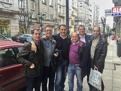 2015-12-31 17 49 25 (Pepe Fernández) Tags: grupo fotodegrupo reunion iphone iphoneografía móvil amigos comida findeaño