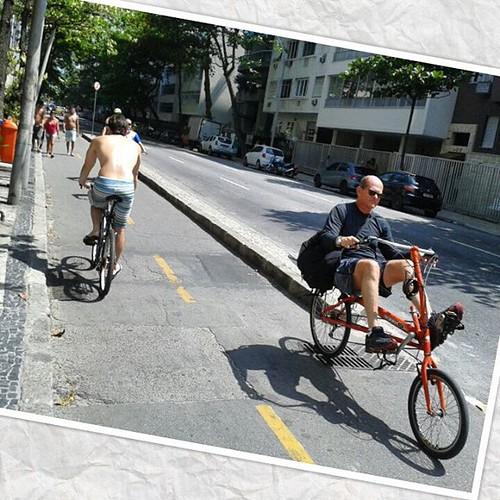 #lazer #vida #naestrada #cidademaravilhosa #Ilovethislife #adoromuito #Boatarde #Ciclofaixanamix #Bicicleta #paqueras #solteiranoriodejaneiro #selolteiro #Especial #sendosexy #praiana #mar