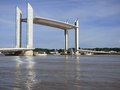 Pont Jacques Chaban Delmas (yann.calohard) Tags: pont chabandelmas voilier bordeaux aquitaine gironde garonne ouvrage art bridge