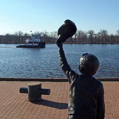 Ahoy! (DewCon) Tags: statue mississippiriver towboat meganmcb
