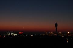 MC 9000 Foot Runway (formulanone) Tags: morning atlanta sunrise airport purple atl nine 9 controltower katl flydeltajets