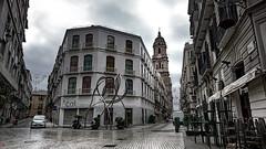 Plaza del Siglo-Málaga (antonio santana SA) Tags: plaza siglo málaga escultura arquitectura calles andalucía antoniosantana blanca muñoz lluvia