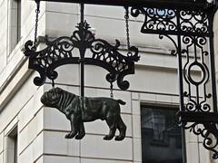 Bulldog (phxdailyphotolady) Tags: bulldog sign metal emblem trademark london england