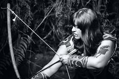 Tear (Matías Brëa) Tags: mujer arco arquera retrato virado
