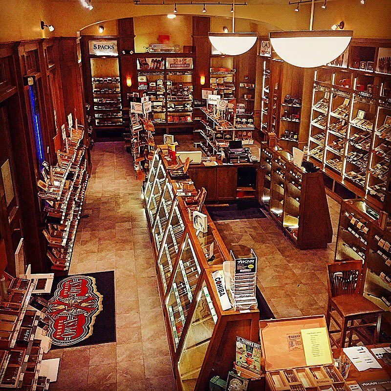 The world 39 s best photos of cigars and smoke flickr hive mind for Food bar brecht
