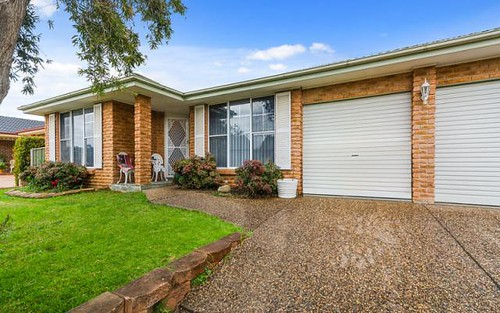 12 Gloucester Circuit, Albion Park NSW 2527