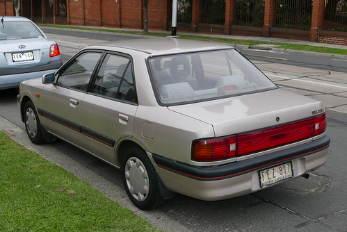 1993 Mazda 323 (BG Series 2) 1.8i sedan