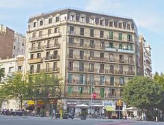untitled #43 (Dabhaidh Harris) Tags: barcelona houses house colors marina photo spain flickr colours foto apartment flat metro flats apartamento casas pisos davidharris daveharris daveharris75hotmailcom daveharris75gmailcom daveharris75 dabhaidhharris