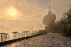 The golden rock (Kyaiktiyo Pagoda), Myanmar D810_736 (tango-) Tags: rock golden burma myanmar birman birmania  goldenrockpagoda