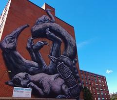 Roa (Tim Schreier) Tags: nyc streetart harlem murals eastharlem elbarrio elmac roa viajero cero sero faith47 luisvidal pulicart monumentart