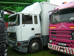 H1 GBF (quicksilver coaches) Tags: miltonkeynes fairground erf funfair e6 hurrell campbellpark eseries showmans h1gbf
