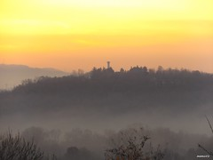 Alba di dicembre (memo52foto) Tags: italien italy sunrise dawn italia december alba aurora dicembre brianza lombardia italie madrugada lombardy aube lombardie morgenstunde lombardei tagesanbruch morgenrote