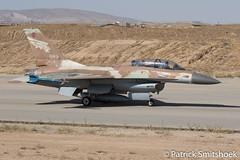 (patriXtreme) Tags: viper idf netz airbase fightingfalcon israeliairforce f16b nevatim