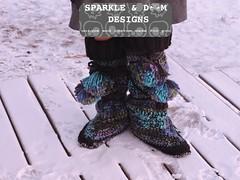 LuckyWandererBoots04d (zreekee) Tags: crochet sparkledoomdesigns luckywandererboots drops slippers mukluks