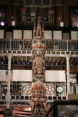 Totem (Tranquility Rose) Tags: pittriversmuseum museum oxford exhibitions treasures