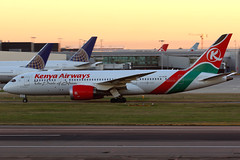 Kenya Airways | Boeing 787-8 | 5Y-KZB | London Heathrow