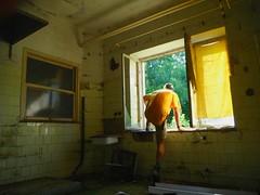 Slovensko/ Slovakia (Kub H) Tags: slovensko slovakia stará zničená opustená budova dom old ruined abandoned house building going away man leaving through windov uteká cez okno