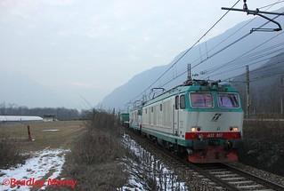 Trenitalia E652 037