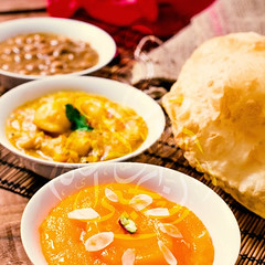 Halwa Poori (karachi.cuisine) Tags: pakistan india breakfast cuisine potatoes yum indian traditional delicious pakistani mumbai karachi semolina indianfood puri chickpeas alu halwa mughal poori cholay aloo pakistanicuisine mughlai pakistanifood choley chickpeacurry halwapuri halwapoori karachicuisine alooketarkari