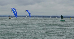 Cowes Sailing (Andy Latt) Tags: boats sailing sony solent boating cowes yachting andylatt dsc003251 rx100m3