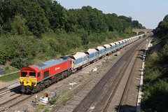 59201 Twyford (Gridboy56) Tags: railroad train gm twyford trains db locomotive berkshire railways acton locomotives jumbo emd railfreight class59 dbschenker merehead 59201 7c77